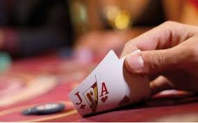 cardsontableimages
